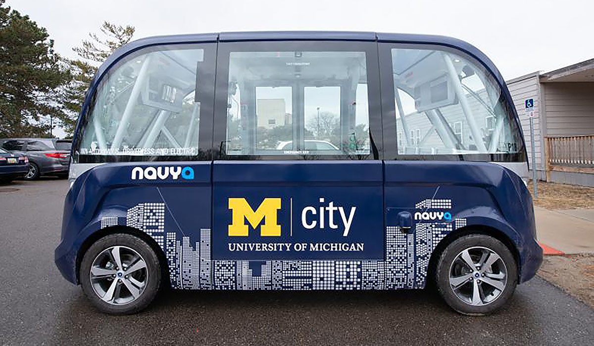 Decarbonizing Travel In Cities With Electrified Autonomous Taxis