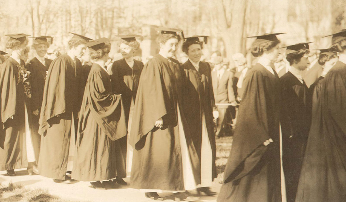 Historical Picture of Women Graduating