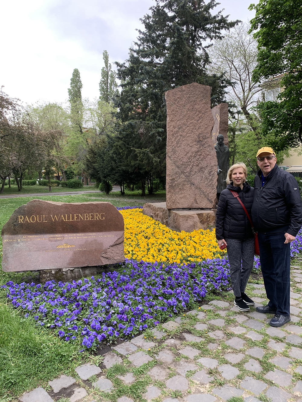 David, '66, JD'69, and Pamela Haron, '69, visited sculptor Imre Varga's memorial statue of Raoul Wallenberg, '35, in Budapest, Hungary, last year.